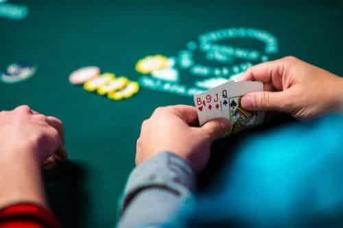 آموزش بازی پوکر اوماها یا پوکر 4 کارتی